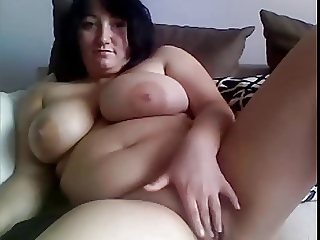 big busty MILF masturbates on webcam