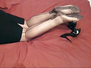 MILF'S FF NYLON LEGS