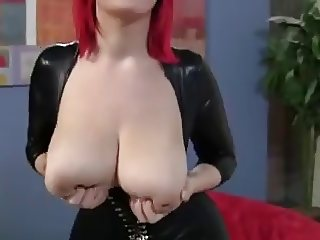 Fat-Ass Tits on Redhead are Siriously Seducing