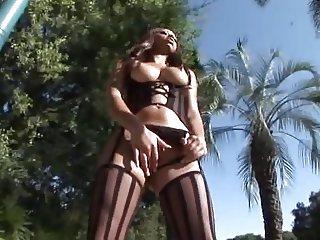 Angel Cummings 01