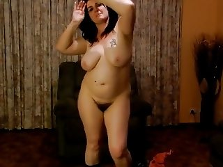 Plump mom with saggy big boobs & hairy cunt is dancing