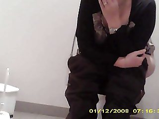 caught hairy pussy milf hidden in toilet sazz