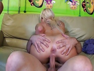 Chick gets cum and squirt facial during orgy