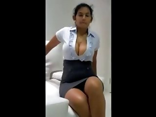 Expensive Escort Gal Exposing Her Huge Body To Client