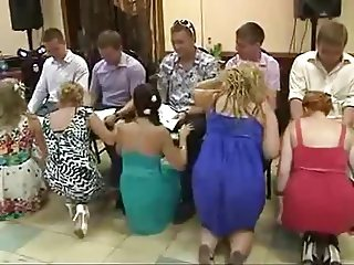 crazy wedding 'blowjob' contest game