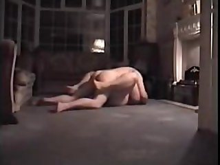 Milf fucked in missionary style on the floor