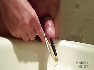 Insert uretre, pipi et sperme