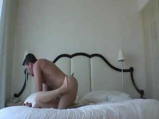 Making her pussy squirt in missionary positio