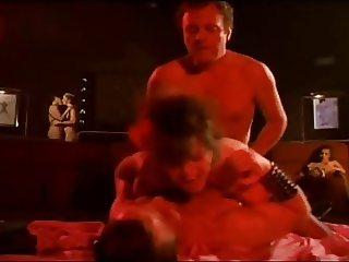 Mi Conejo Es El Mejor 1982 (Threesome erotic scene) MFM