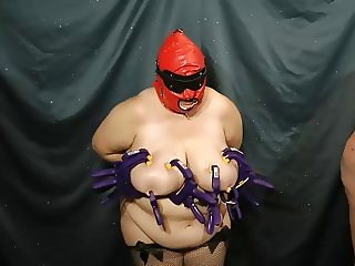 V3 01 - Tit Clamping Torture