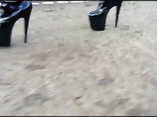8 in heels outdoor