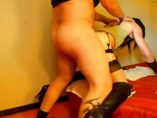Crossdresser fucked and facial