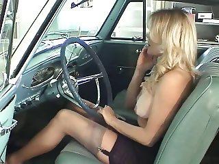 Topless Pedal Pumper