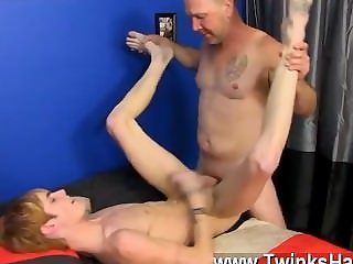 Gay fuck Hippie guy Preston Andrews can't help but admire the lump of
