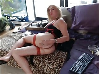 ON CAM EXCLUSIVE - Yvi Glamour - BY STABLEMASTER