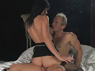 Franki all white 120s chain smoking sex