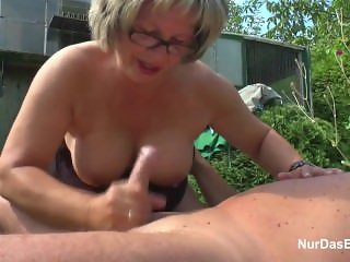 German From ADULTLOVEDATING.COM Grandpa and Grandma fuck Hard in Garden