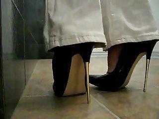 Black patent pumps metal heels, walk