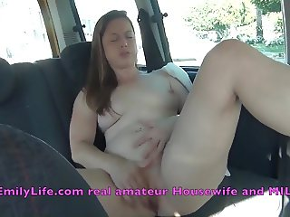 Milf masturbating in the car with voyeurs