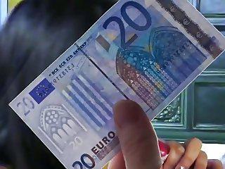GIPSY GIRL MAKES MONEY