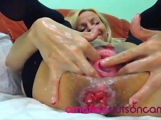 Slut fists ass and pussy gapes and squirt - amateurslutsoncam.com