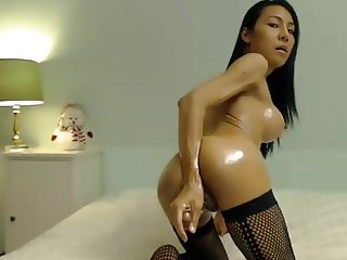 Oiled Up Asian Perfection