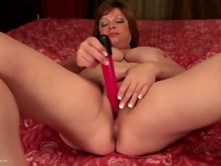 Busty Natural American Mature Mother From LOOK4MILF.COM with Thirsty Vagina