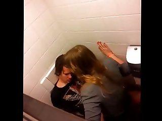 Sex op het toilet