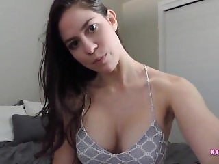 Gorgeous Brunette Babe Blowjob