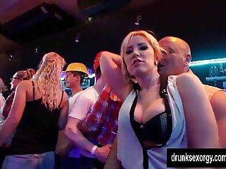 Bi pornstars gets pussies licked in public