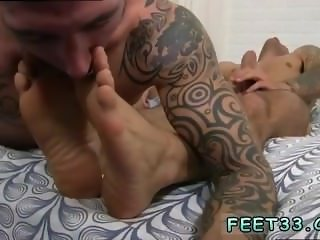 Free boy soft feet video gay [ www.feet33.com ] Caleb Gets A Surprise