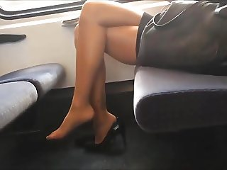 amazing legs, soles in nylons footplay, dangle