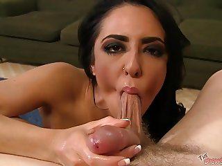 Busty Alexa Aimes deepthroats a cock