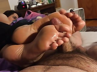 Cum On Soles Amateur Footjobs(17)