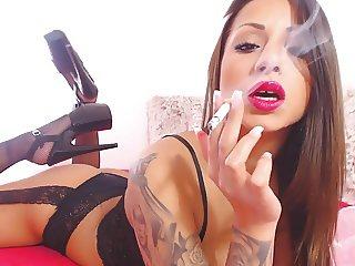 ladyblackdiamond - Smoking