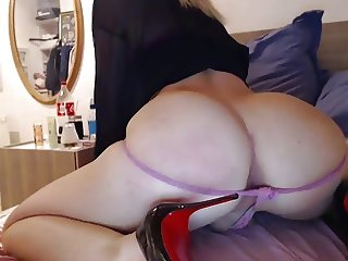 Big ass spanking and heels