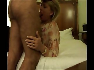 bedroom fuck session with mature mom janet