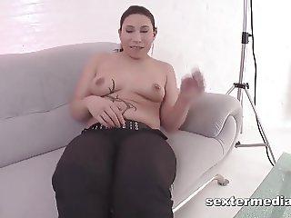 Eine Bratze beim SexCasting! Ich fall um!!!