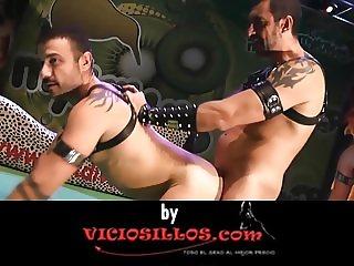Silvia Ruby y Chiara Diletto BDSM show en el SEB