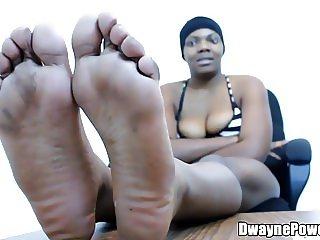 Ugly Black Bitch w Nasty Feet Dicked Down