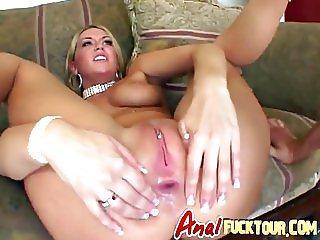 Anal freak gets her asshole dismantled