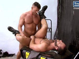Parole: Bruce Beckham and Eddy Ceetee - SC2 -Officers ass fuck outdoors