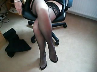 mature legs in nylon