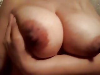 WisMILF Boob play