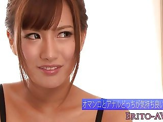 Japanese bikini model toyed in pussy and ass