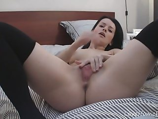 Britney really likes to finger her shaved pussy!
