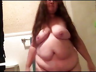 my friend dancing twerking and shaking her big ass