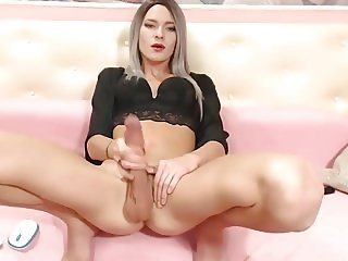 Gorgeous shemale with huge cock solo