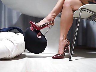 Personal Shoelicker 2